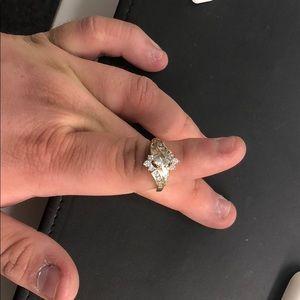 Jewelry - Ladies 14karat diamond engagement ring - 1.9CTW